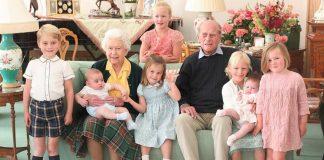foto-terbaru-keluarga-kerajaan-inggris-pangeran-philip-dan-cicit