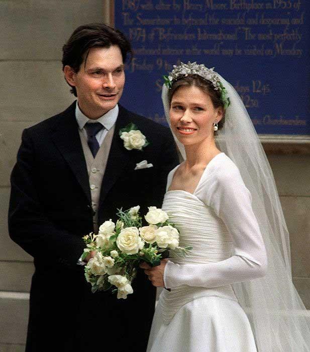 suami-keponakan-ratu-elizabeth-ii
